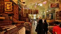 Vakil Bazaar in Shiraz - go shopping in Iran - (c)blondinrikard