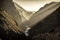 Tiger Leaping Gorge, China. Image: Nuran Zorlu