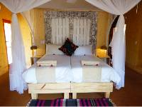 Bakwena Lodge Kasane - room |  <i>Ian Williams</i>