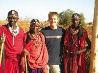 Working together on the born free community project, Kenya |  <i>Ian Williams</i>