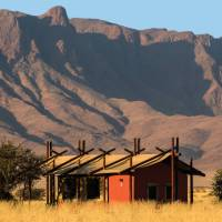 'African wilderness in comfort' camping | Peter Walton