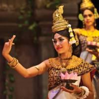 Traditional Apsara dancers in Siem Reap, Cambodia | Peter Walton