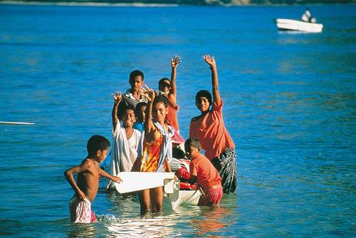Locals Yasawa Islands&#160;-&#160;<i>Photo:&#160;Al Bakker</i>