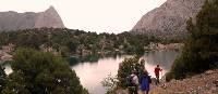 Trekking amongst the alpine lakes of the Pamirs Fann Mountains   Chris Buykx