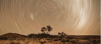 A night under the Central Australian skies | #cathyfinchphotography