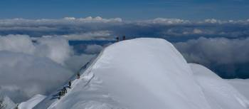 Climbers on Mont Blanc | H. Qualizza